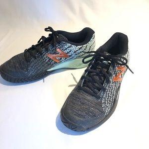 d3d401061e2 New Balance Women's 996 tennis shoes